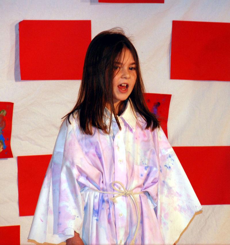 Annie sings Maybesm